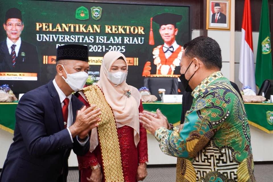 [FOTO] Pelantikan Rektor UIR periode 2021-2025